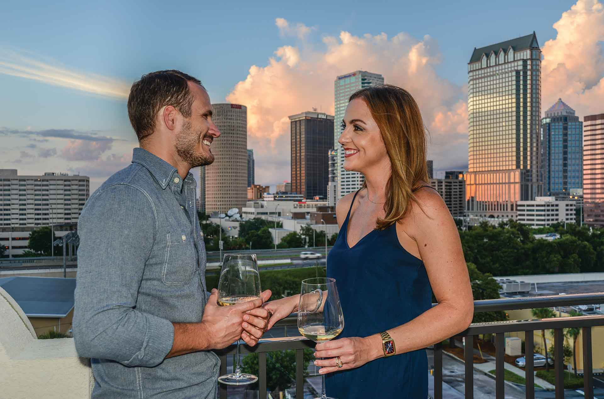 <h1>Brand New Luxury South Tampa Apartments</h1> <p>Breathtaking waterfront views of Tampa Bay and Soho's hippest restaurants are waiting for you.</p>