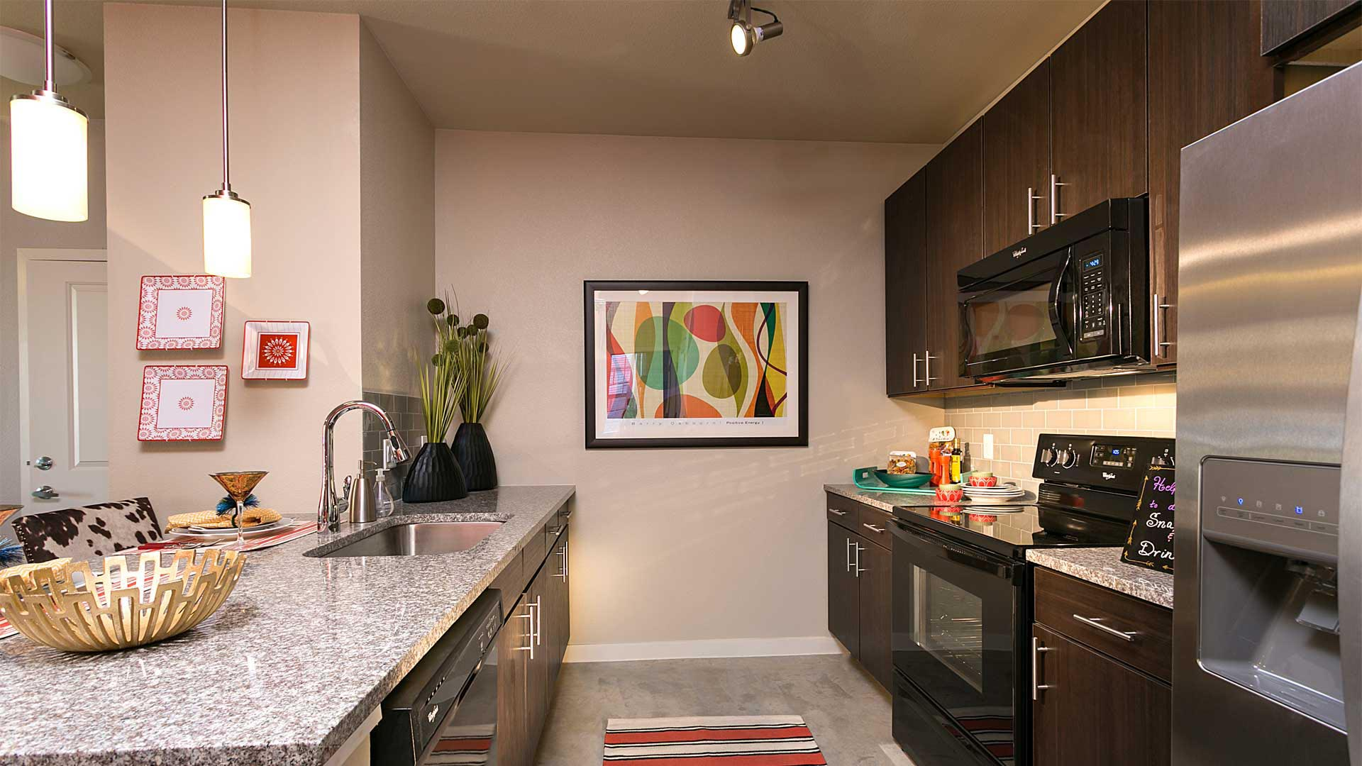 Hiline At Littleton Commons One Two Amp Three Bedroom